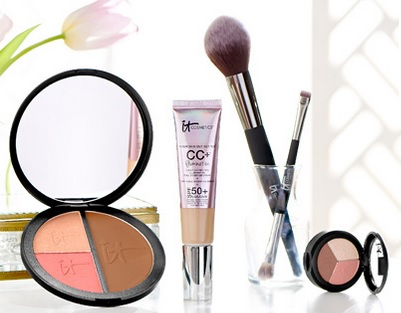 IT Cosmetics set @ QVC